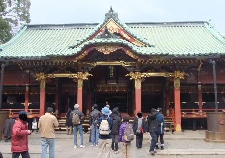 20110218_nezu_jinjya_haiden