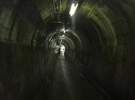 20110730_tunnel_akahori2