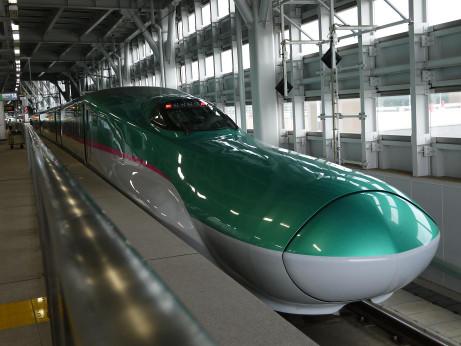 20130124_shinkansen_e5