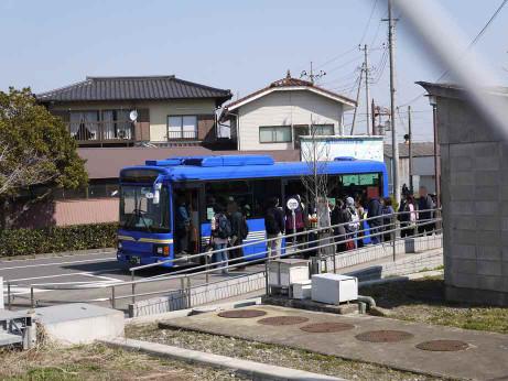 20130322_shatlle_bus