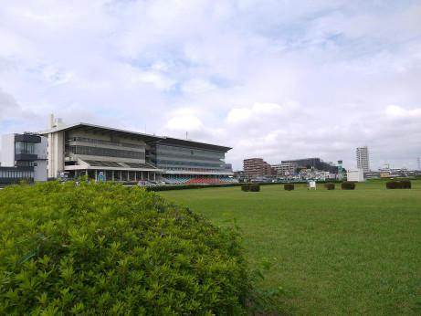 浦和競馬場(浦和記念公園)にて...