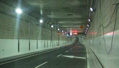 20071209_tunnelwalk08