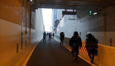 20071209_tunnelwalk10