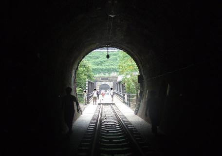 20100923_tunnel3