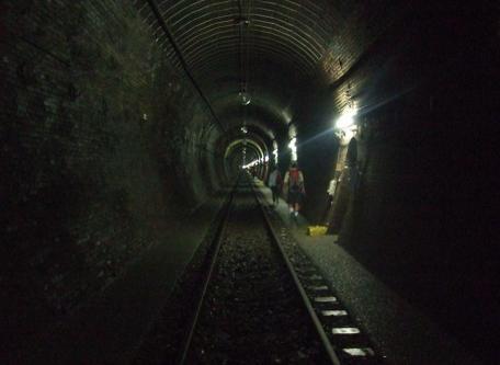 20100930_oohikage_tunnel2