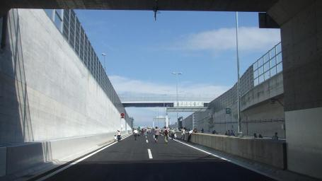 20101004_tunnel_exit