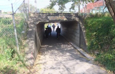 20101204_tunnel
