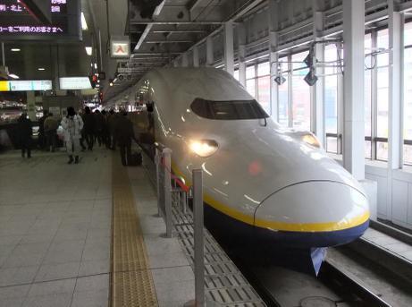 20110126_shinkansen_max_2
