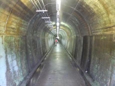 20110730_tunnel_akasaka2