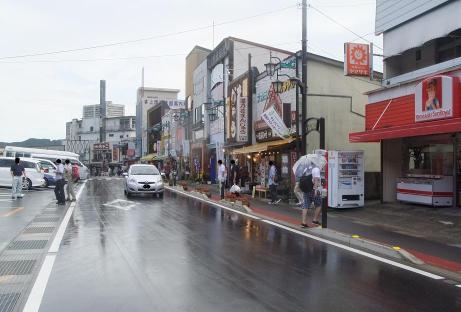 20110819_ekimae