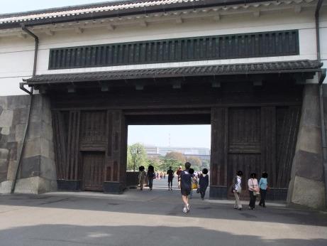 20111203_sakuradamon