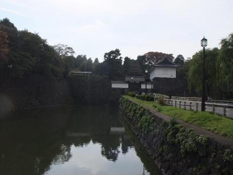 20111209_koukyo_gaien2