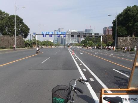 20111209_uchibori_dori1