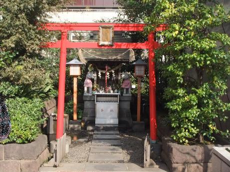20111209_yuraku_inari_jinjya