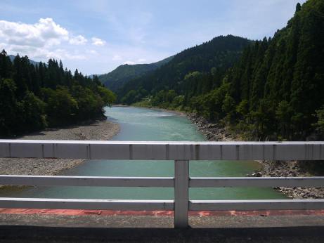 20120821_tadami_river