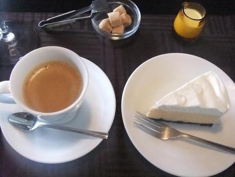 20141108_cake_coffee