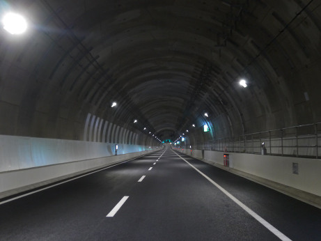 20150302_tunnel_1